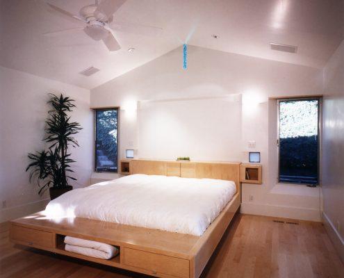 Otani Bed